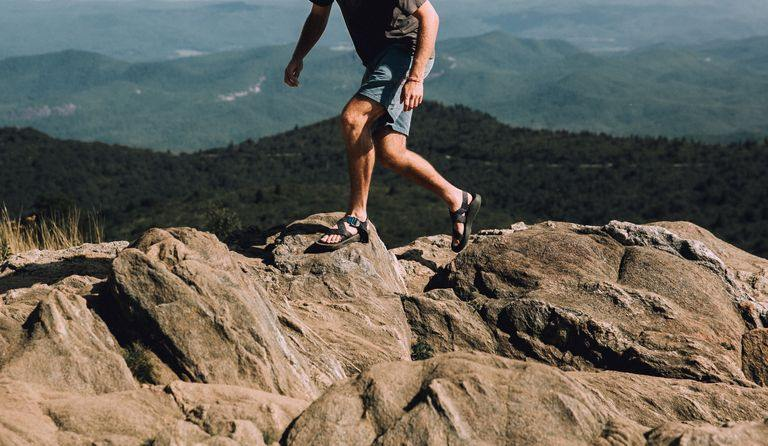 chacos hiking sandals