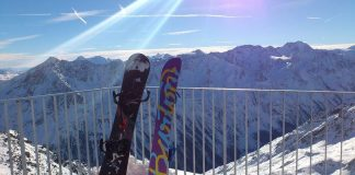 how to post snowboard